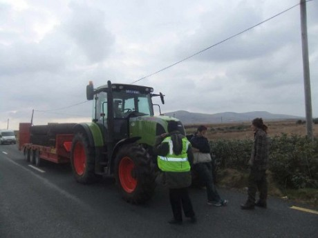 Earlier blocking of tractor carrying bogmats